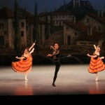 「バルセロナの祭り」より パ・ド・トロワ